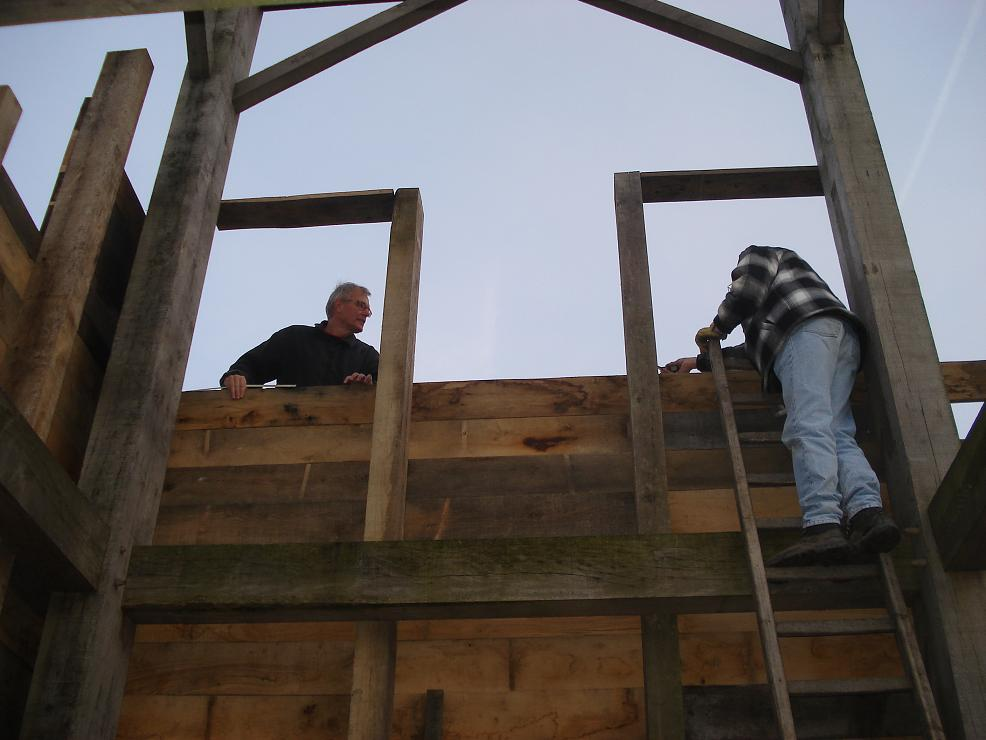 vrijwilligerswerk aan torens voor de Romeinse vestingsmuur